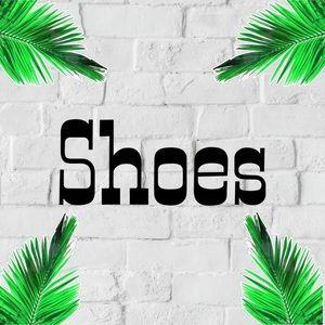 Shoes - \/